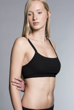 4_sporty_bra_MIA_21522001_black